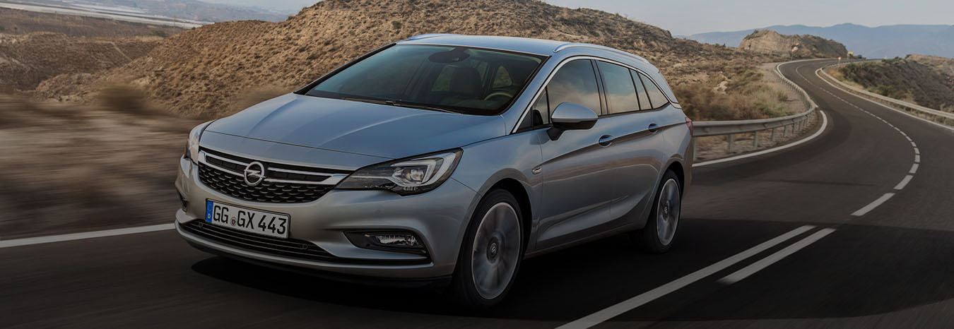 opel-astra-sports-tourer-cover